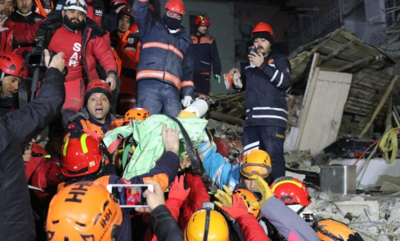 Turska zemljotres spasavanje djevojcice08