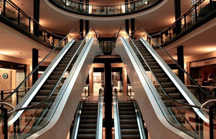 escalator 283448 1280 e1574249877433