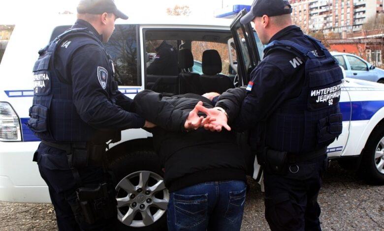 hapsenje 03 Alo Vladimir Markovic 1000x0