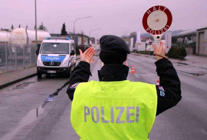 njemacka policajka 696x469