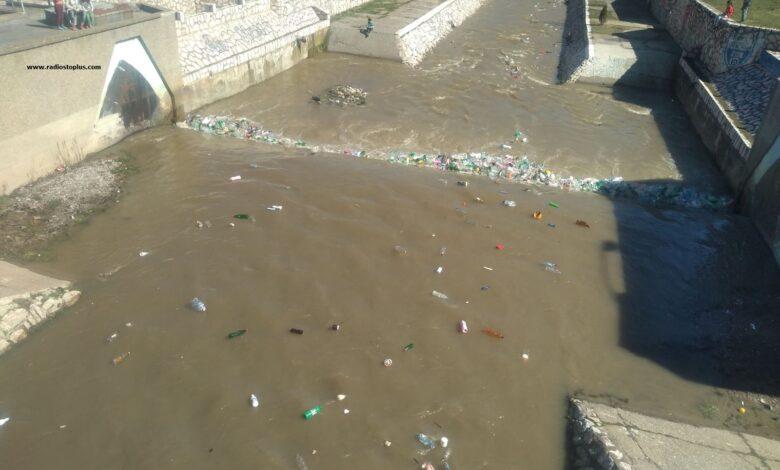 reka plastka zagadjenje mart2020