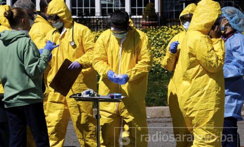 newyork koronavirus covid19 odijela maske 4apr20 EPAEFE