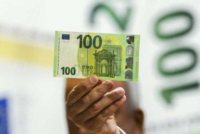 100 eura 696x469