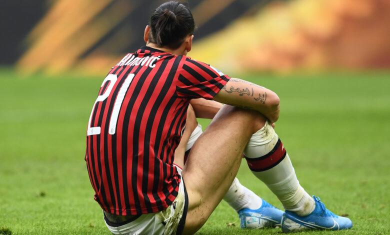 Ibrahimovic seduto dolore IMAGE