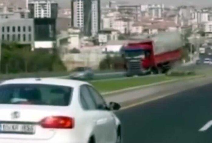 kamion turska kocnice 696x469