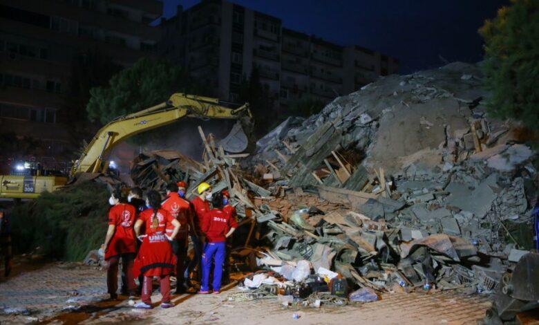 Izmir zemljotres02